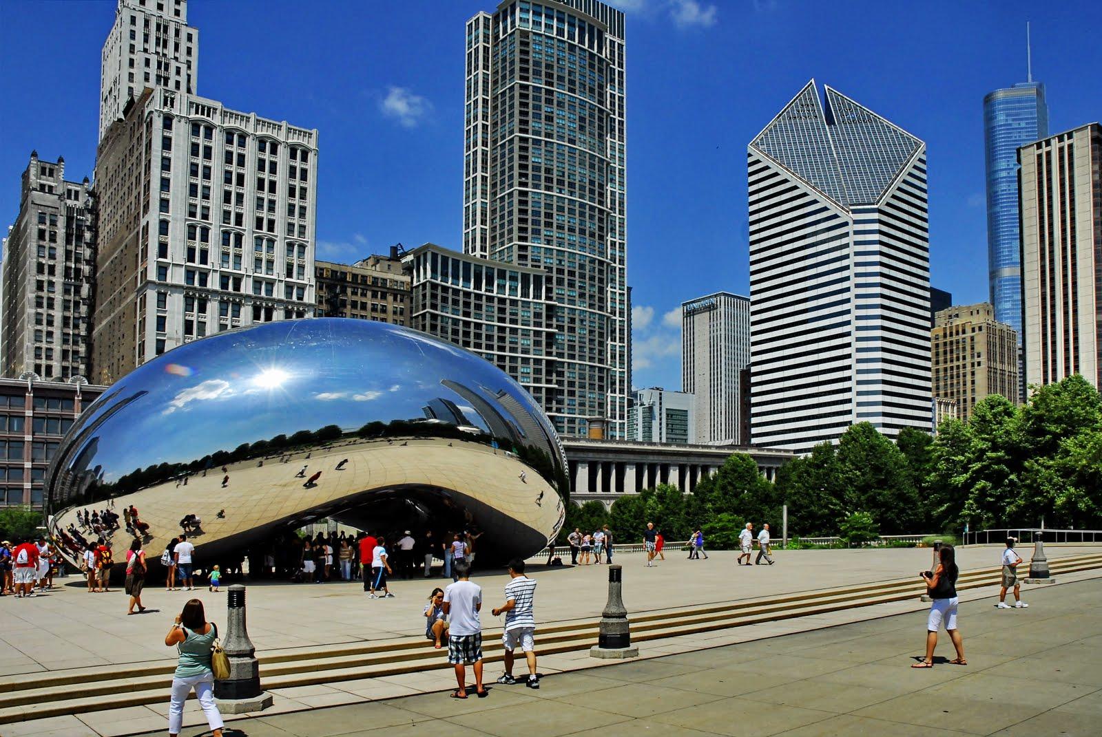 Chicago_Bean+Skyline_WCW4515.jpg