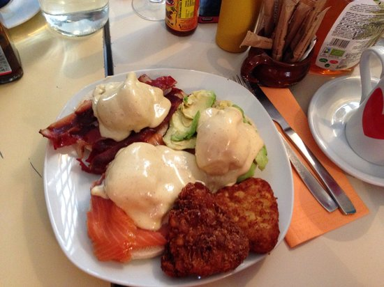 huevos-benedictinos-espectacul.jpg