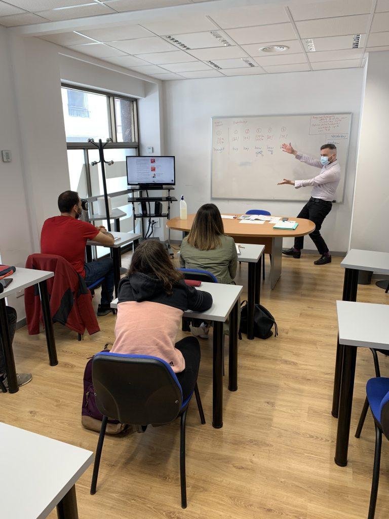 cursos de inglés para principiantes